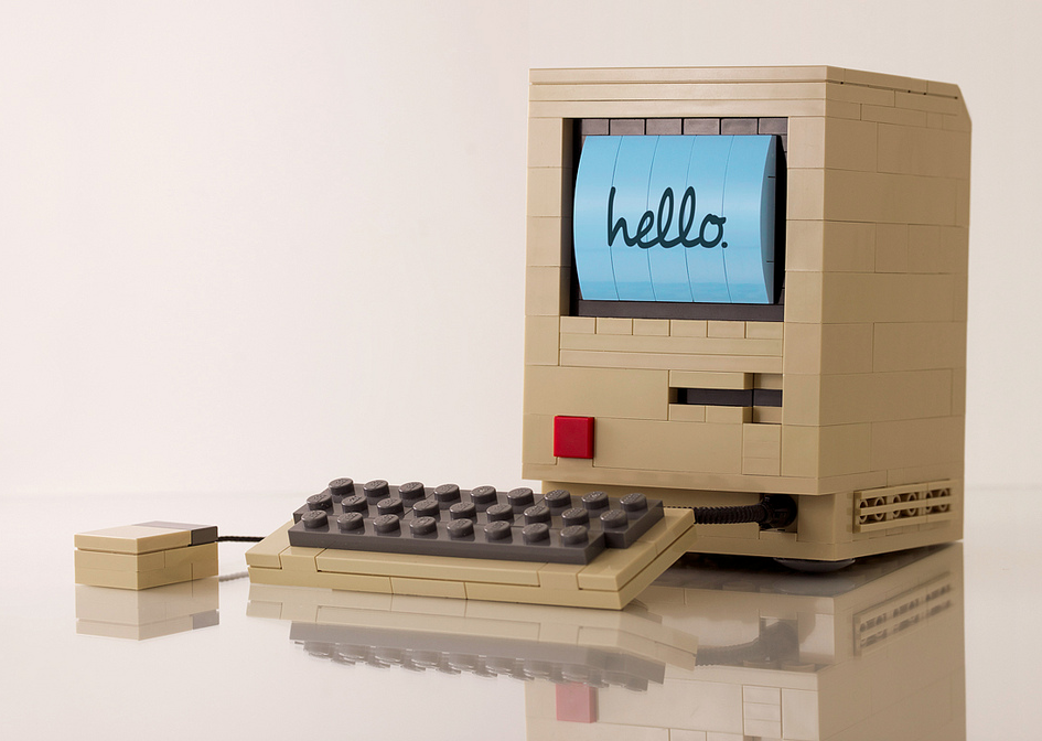 apple-mac-computer-LEGO