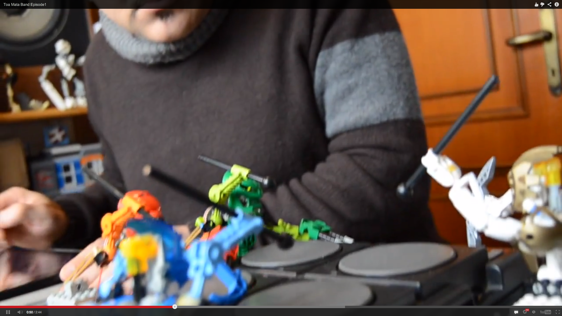 Cool Music + Lego Robots
