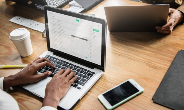 6 Things to Include in a Weekly E-Mail to Your Volunteer Team